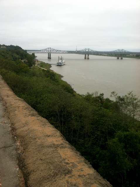 mississippi river natchez ms